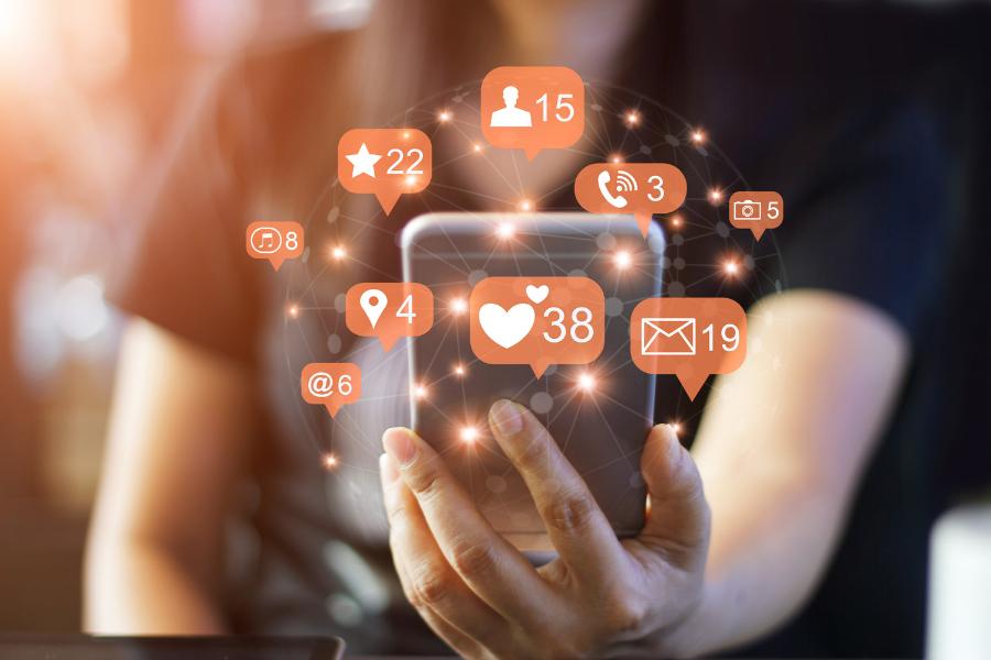 Genera interacciones en redes sociales